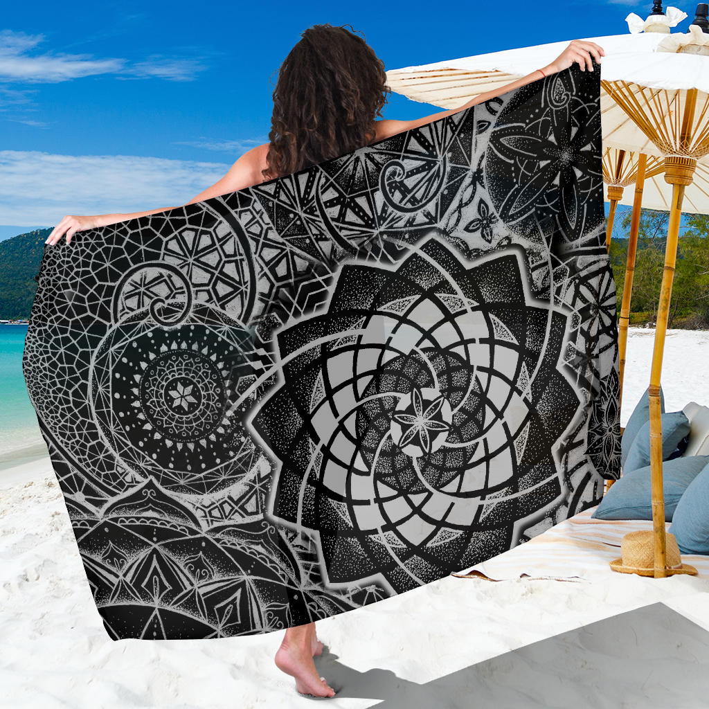 Spiral Constellation sarong black