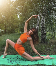 Load image into Gallery viewer, Packmat Earth: The most anti-slip foldable yoga mat