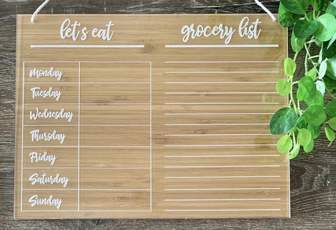 """Let's eat"" family planner with shopping list"