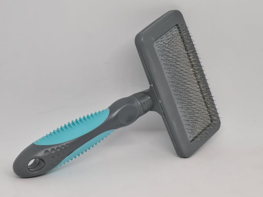 Pet slicker brush
