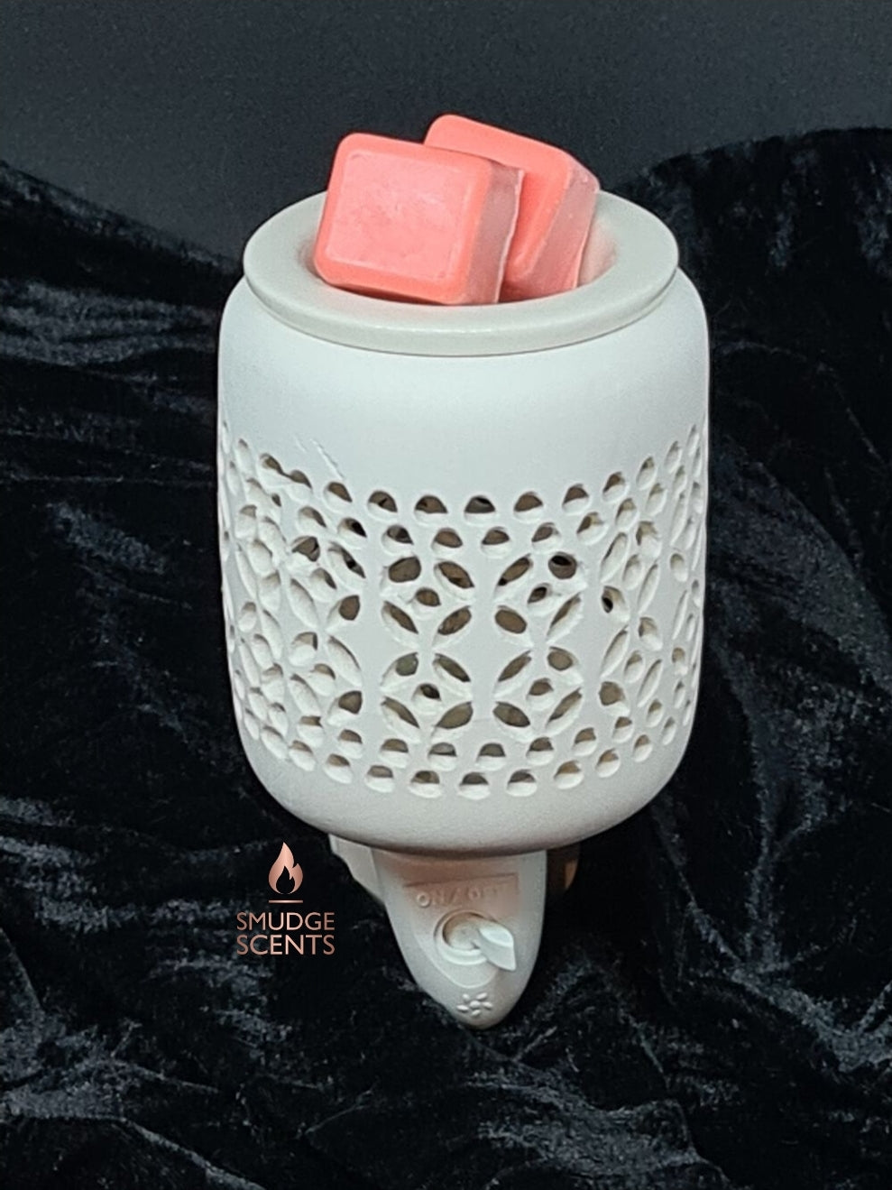 White Ceramic Plug In Warmer