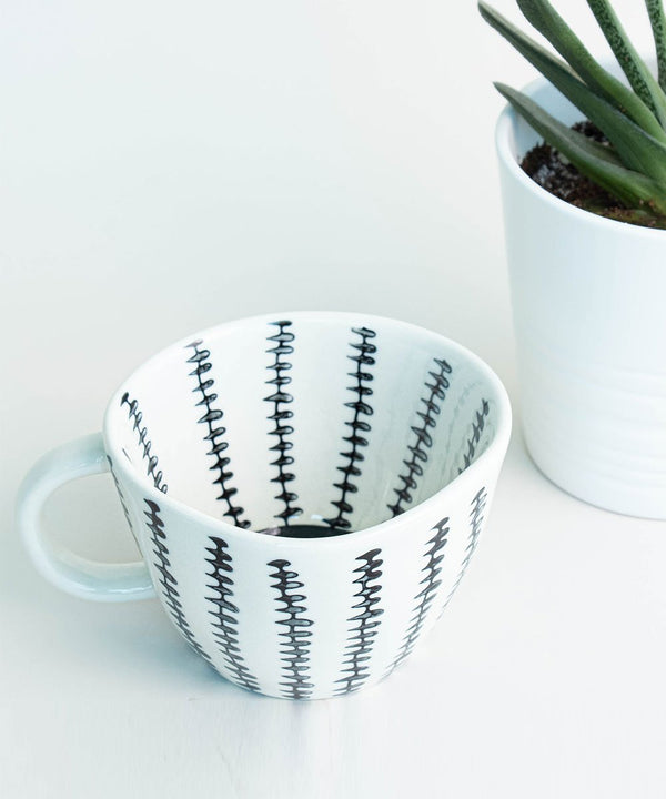 Prickly Pear Lina 330ml  Ceramic Coffee Mug - Black and White