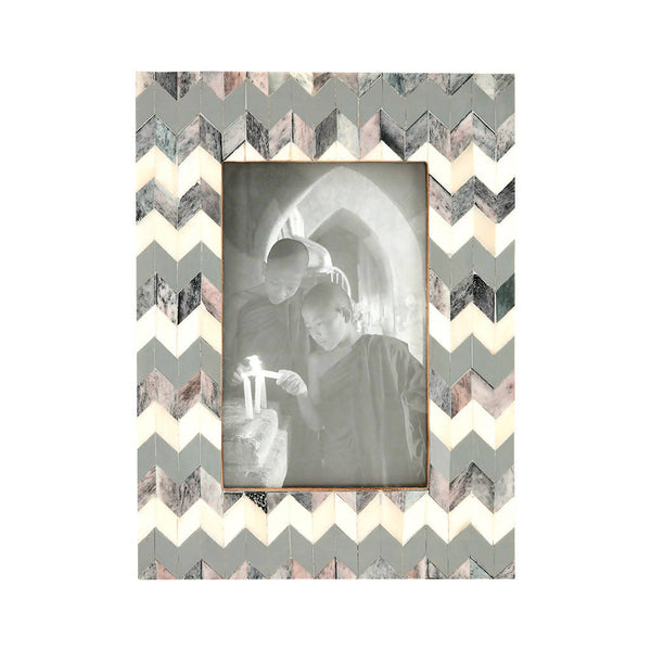 ZigZag Picture Frame