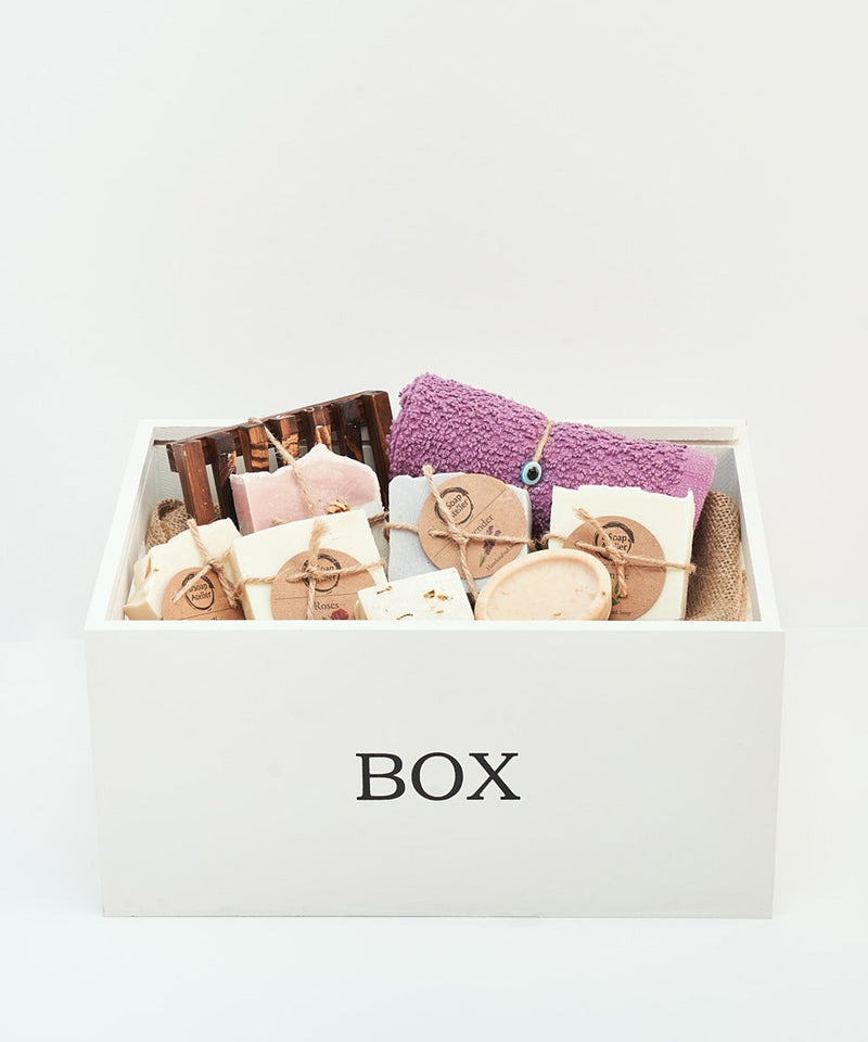 Pamper Her Box Medium