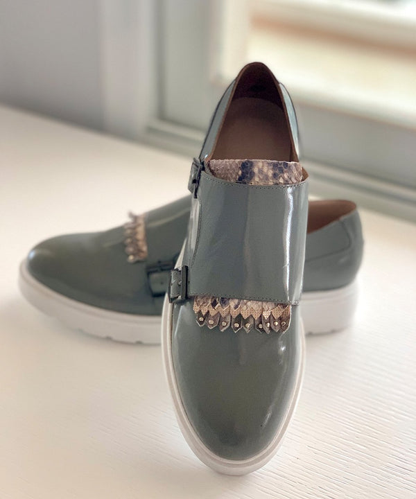 La 6ème Charlotte Monks in Ocean Grey
