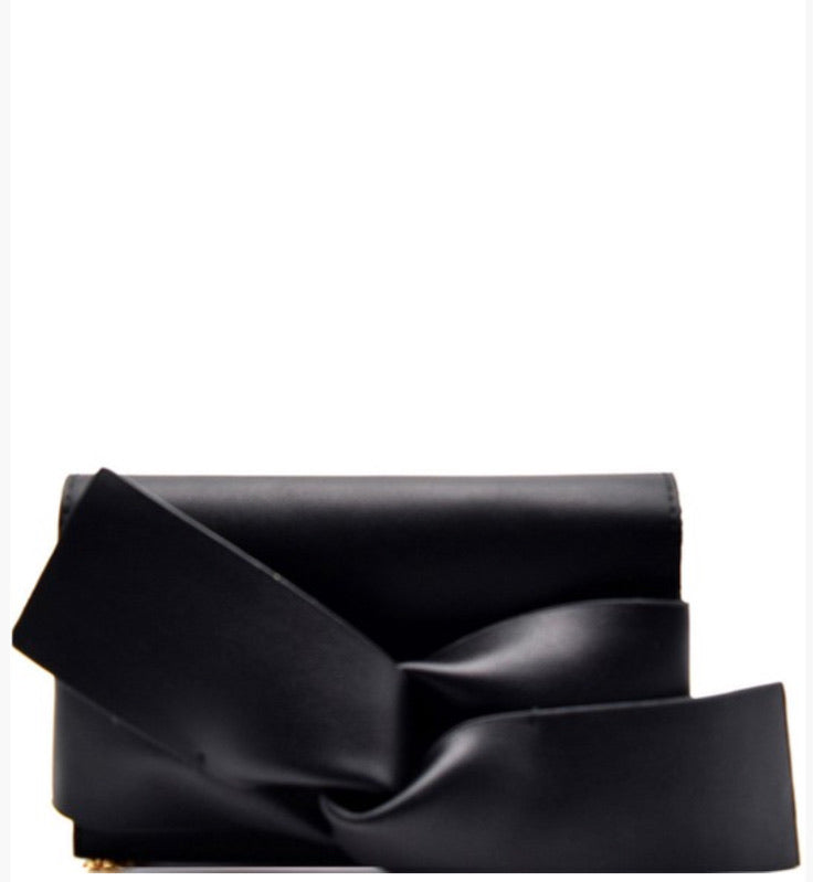 Black Large Bow Clutch With Chain