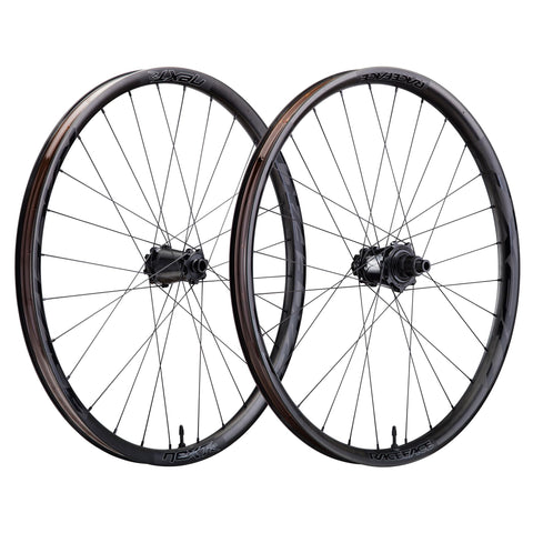 RUEDAS RACE FACE NEXT R31 27.5 SHIMANO 11V