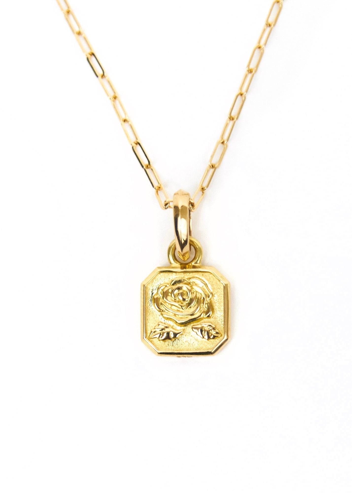 Rosebud Necklace Gold