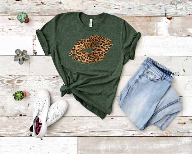 Cheetah Lips Graphic Tee Forest Green