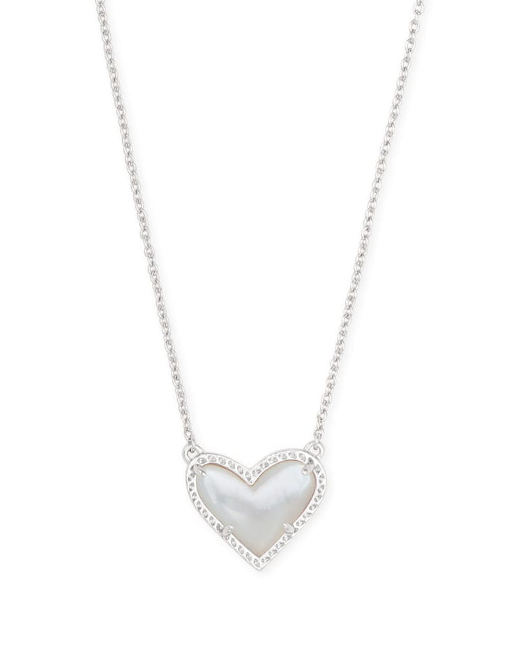 Kendra Scott Ari Heart Silver Pendant Necklace In Ivory Mother of Pearl