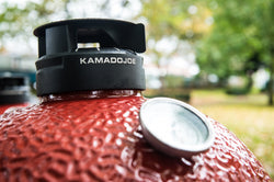 Temperature control with Kamado Joe