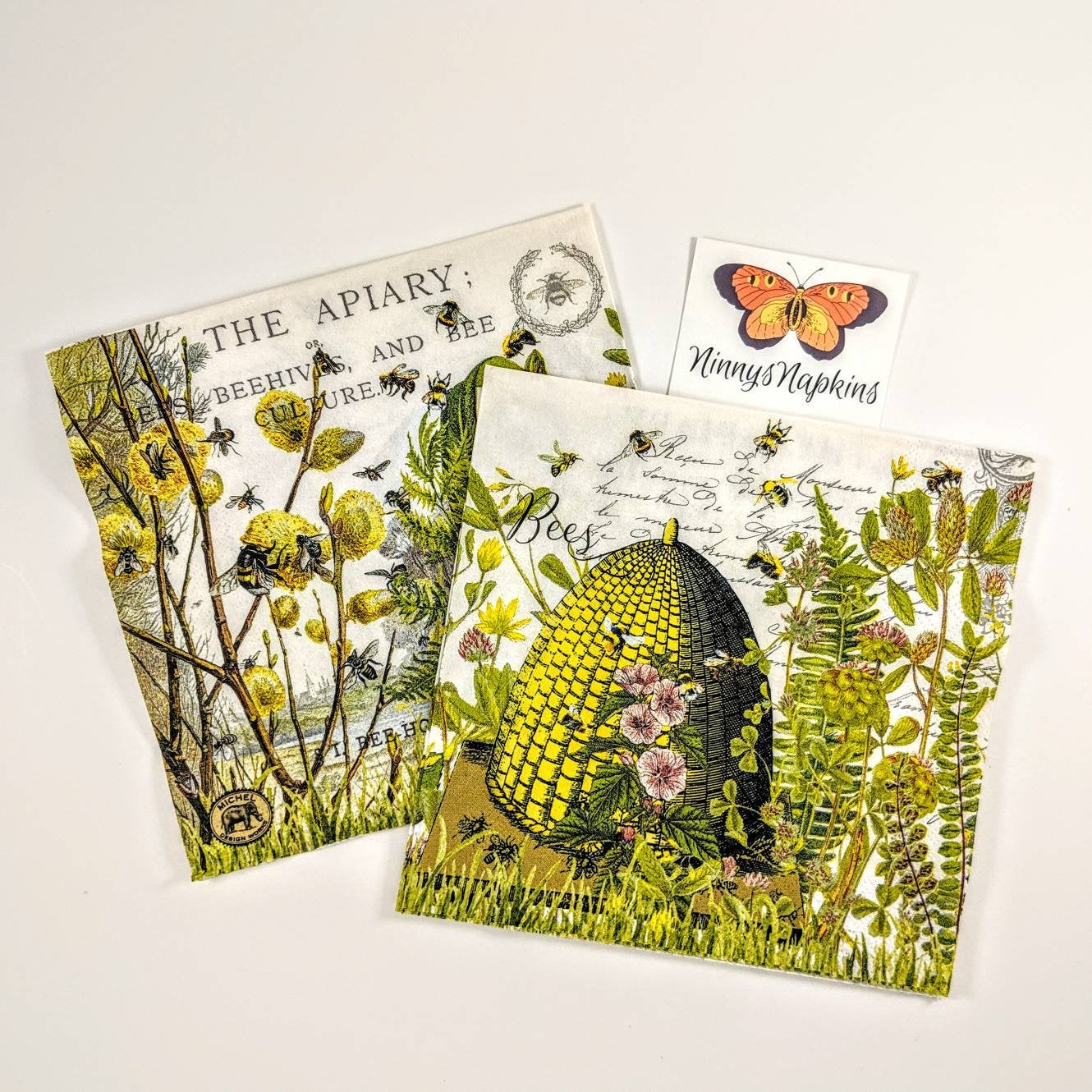 Honey Bees and Clover Pack of 20 Lunch Napkins