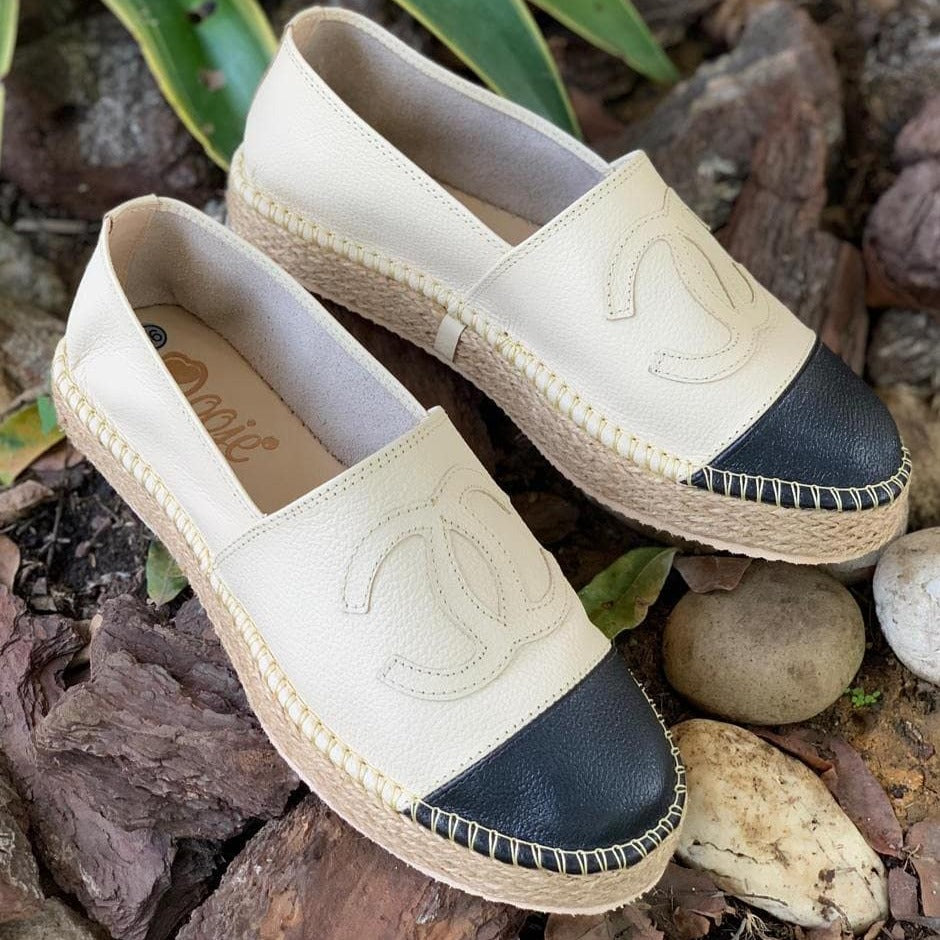 Gucci Flat Leather Espadrilles