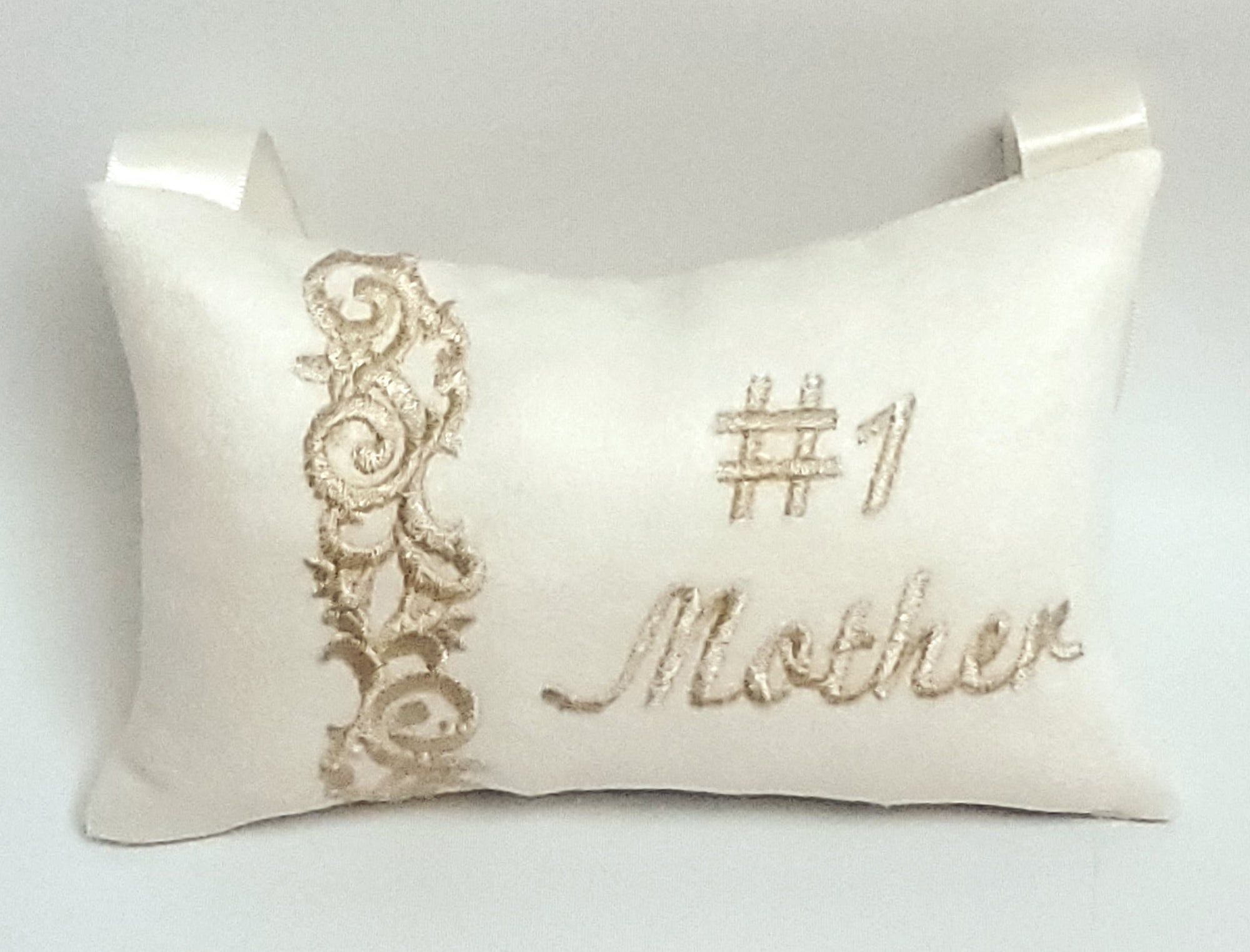 #1 Mother Pillow
