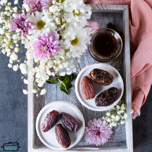 Plain Dates (6 Pieces)