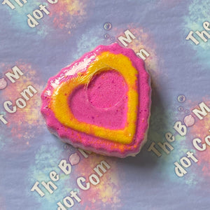 Big heart bath bomb
