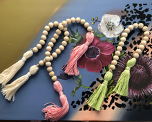 Load image into Gallery viewer, Wood Bead Tasseled Garland