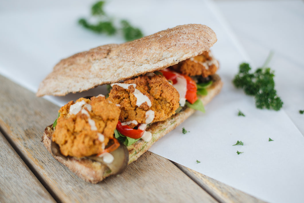 Baked Falafel Sandwich (vegan with honey)