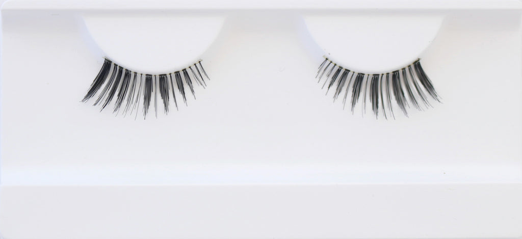 """The Stunner"" False Lashes"