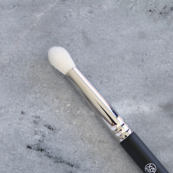 Tulip Crease Brush