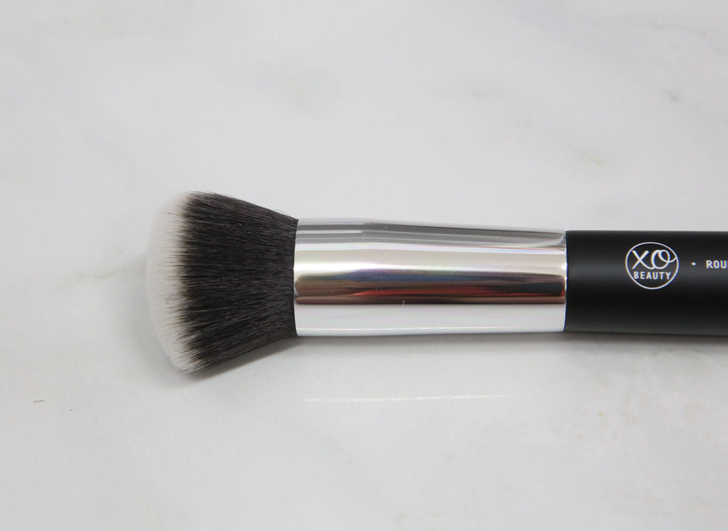 Round Face Brush