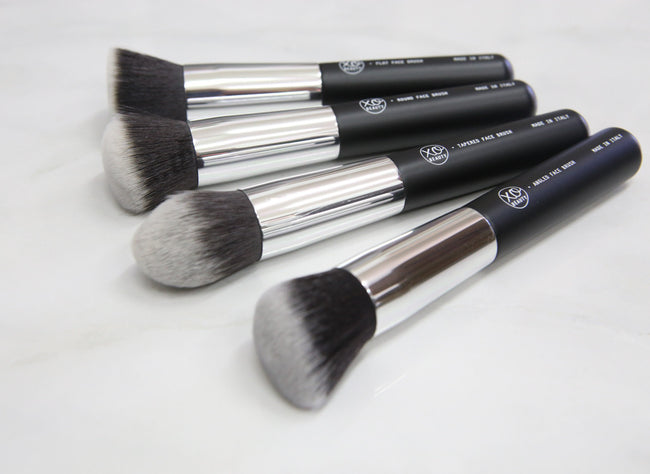 4pc Synthetic Face Set