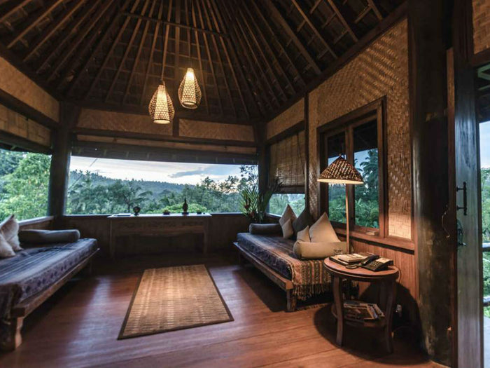 Incredible Eco Lodges Around the World: Indulge Yourself and Save the Planet