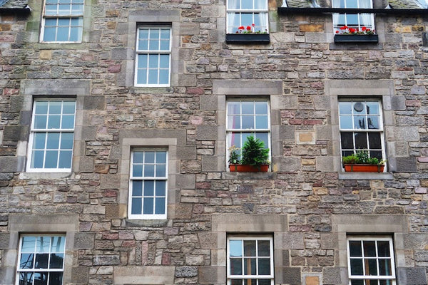 can i travel to scotland from england covid