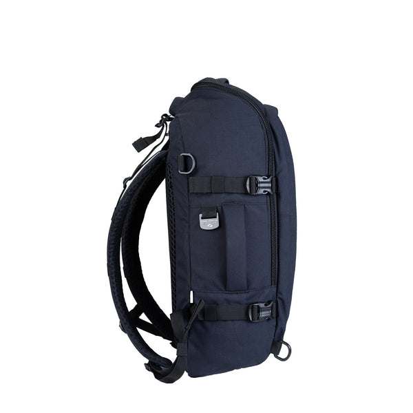 ADV 32L Absolute Black