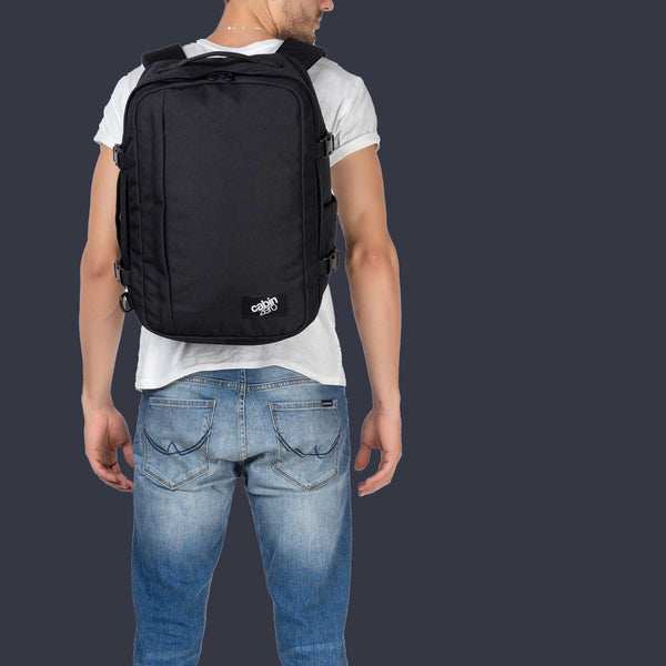 Classic Plus 32L Absolute Black