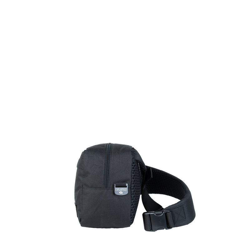 Classic Cross Body 11L Absolute Black