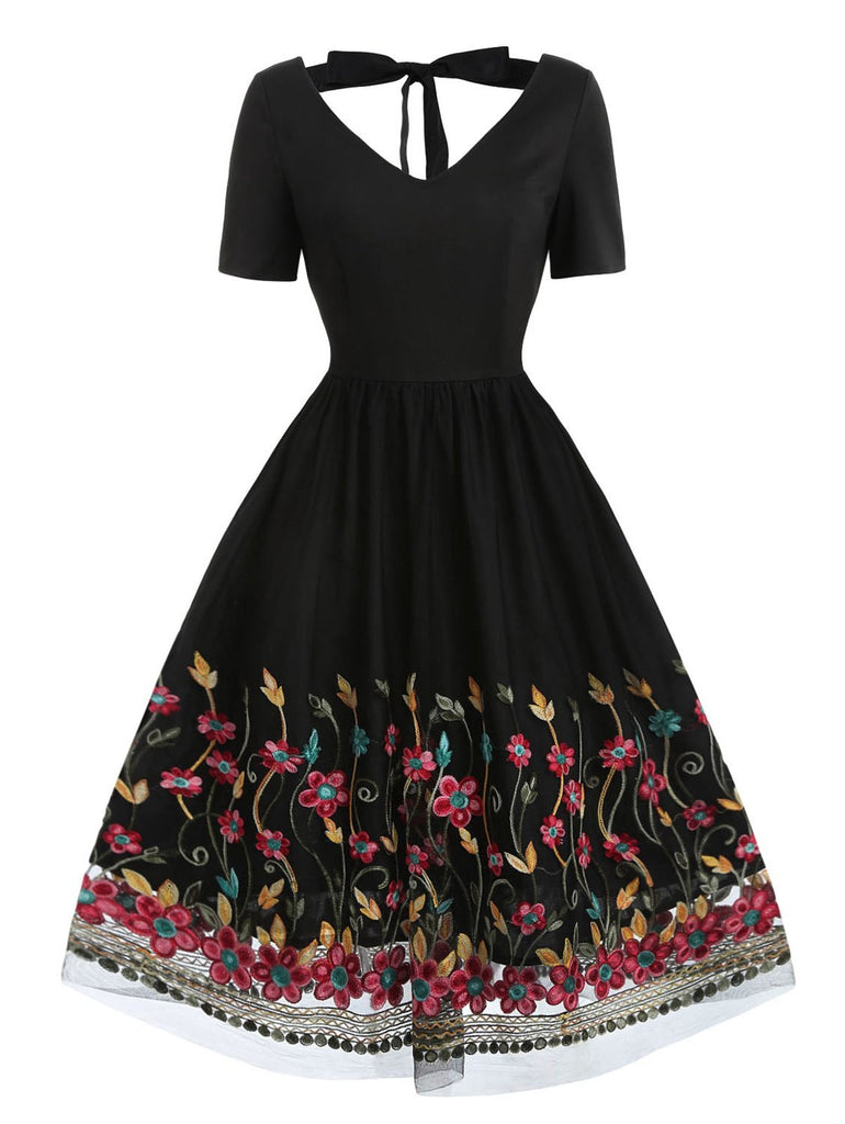1950s V Neck A-Line Embroidery Halter Dress