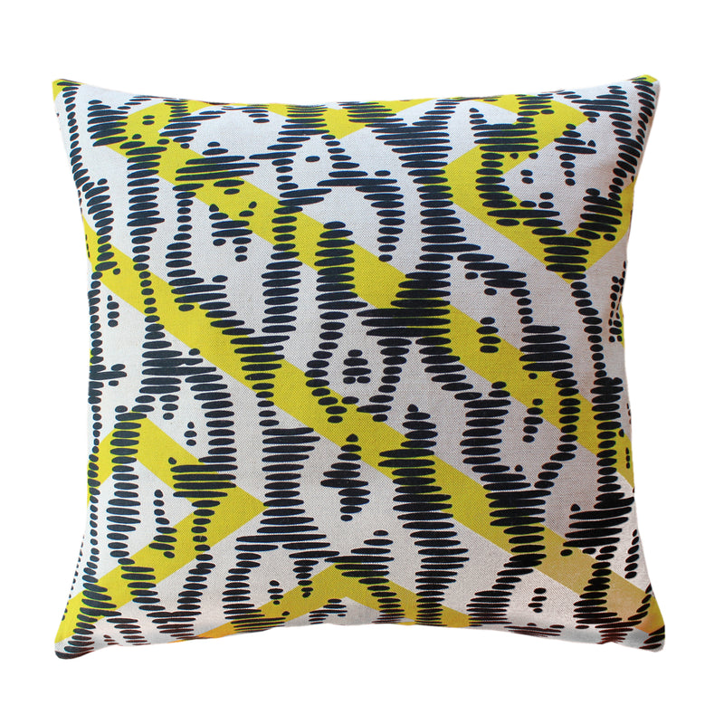 products/C45047-2Coussin-cushionCamouflage-Jaune-yellow45x45.jpg