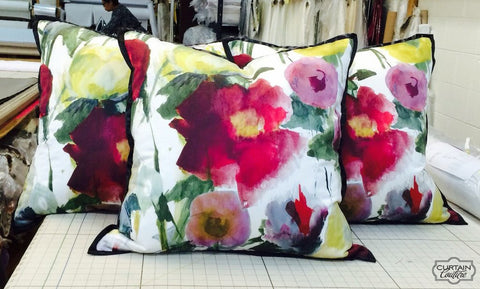 Pretty 3 pillows