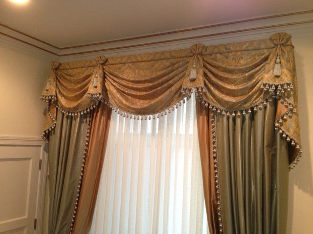 Traditional Swag Valance and Drapery