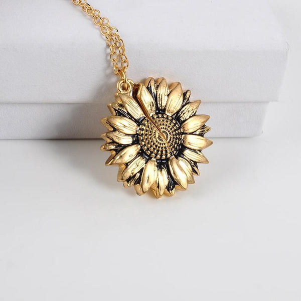 Singulier watches - sunflower necklace - perfect gift for the loved ones
