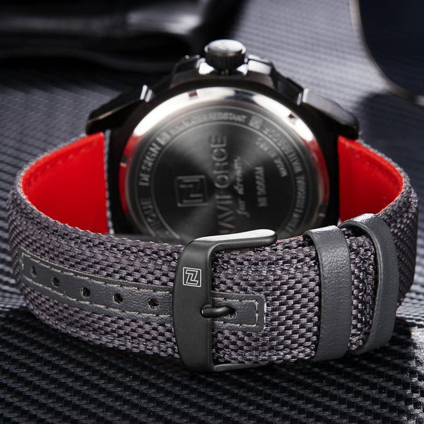 Singulier Watches - Off Duty - Cool casual watch