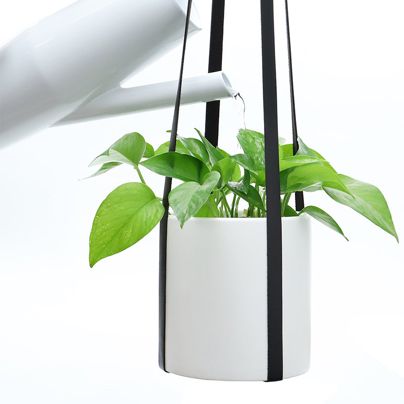 Adjustable Vegan Leather Plant Hanger, Black