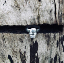 Load image into Gallery viewer, Silver Lucky Skull Ring