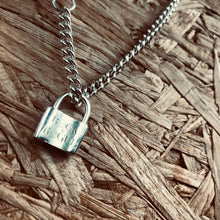 Load image into Gallery viewer, Padlock pendant