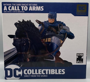 DARK KNIGHT RETURNS CALL TO ARMS STATUE MINI BATTLE STATUE