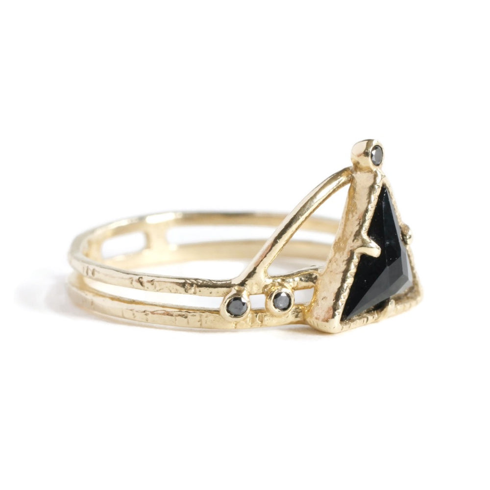 Power Triangle Ring -Noir