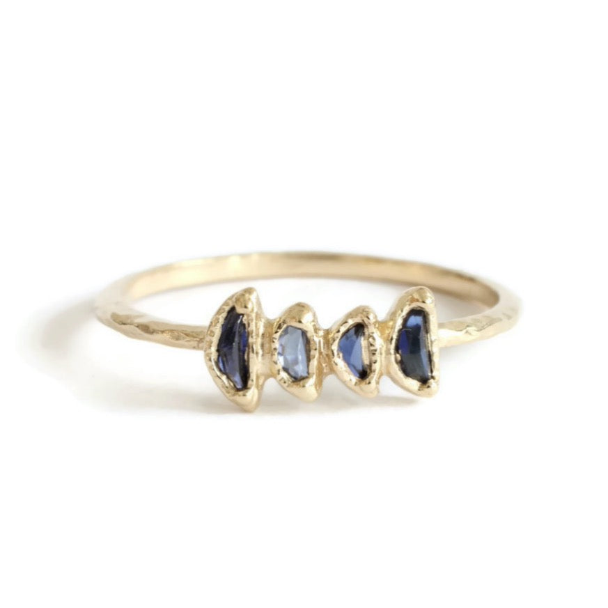 Load image into Gallery viewer, 4 Moon Sapphire Ring