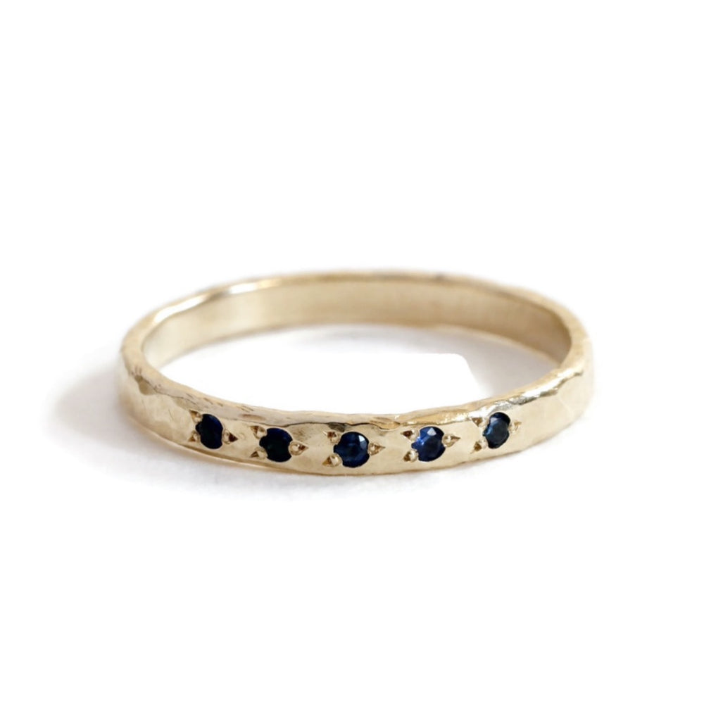 5 Sapphire hammered Ring