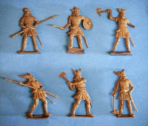 CHERILEA VIKINGS in Medium Tan Color Plastic - 60mm - 10 Plastic Toy Soldiers