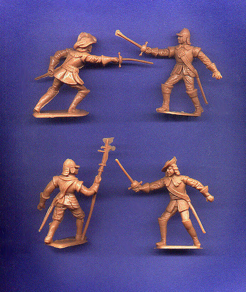 CHERILEA CAVALIERS & ROUNDHEADS - 60mm - 8 Tan Plastic Toy Soldiers