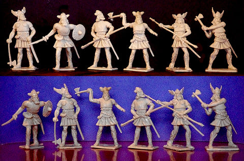 ICARUS - CHERILEA MEDIEVAL VIKINGS, Six fighting poses - 12 Paintable Semi-Soft Plastic Toy Soldiers