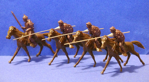 Jecsan Hun Cavalry with Lances Set a 2 pose Figure set of 4 Jecsan Toy Soldiers and 4 MARX Horses in Brown Plastic (60mm scale)