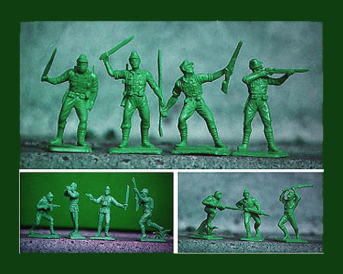 Oliver Japanese WWII Plastic Toy Soldiers in Medium Green - 12 Toy Soldiers