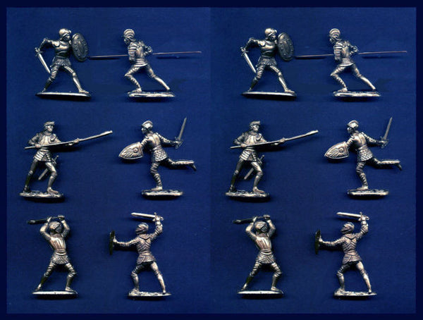 REAMSA Crusader Knights in Silver Color - 6 Foot Poses - 12 TOY SOLDIERS